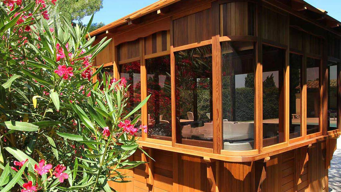 Garden Buildings, Summerhouses, Garden Office & Hot Tub Enclosures in Warwickshire