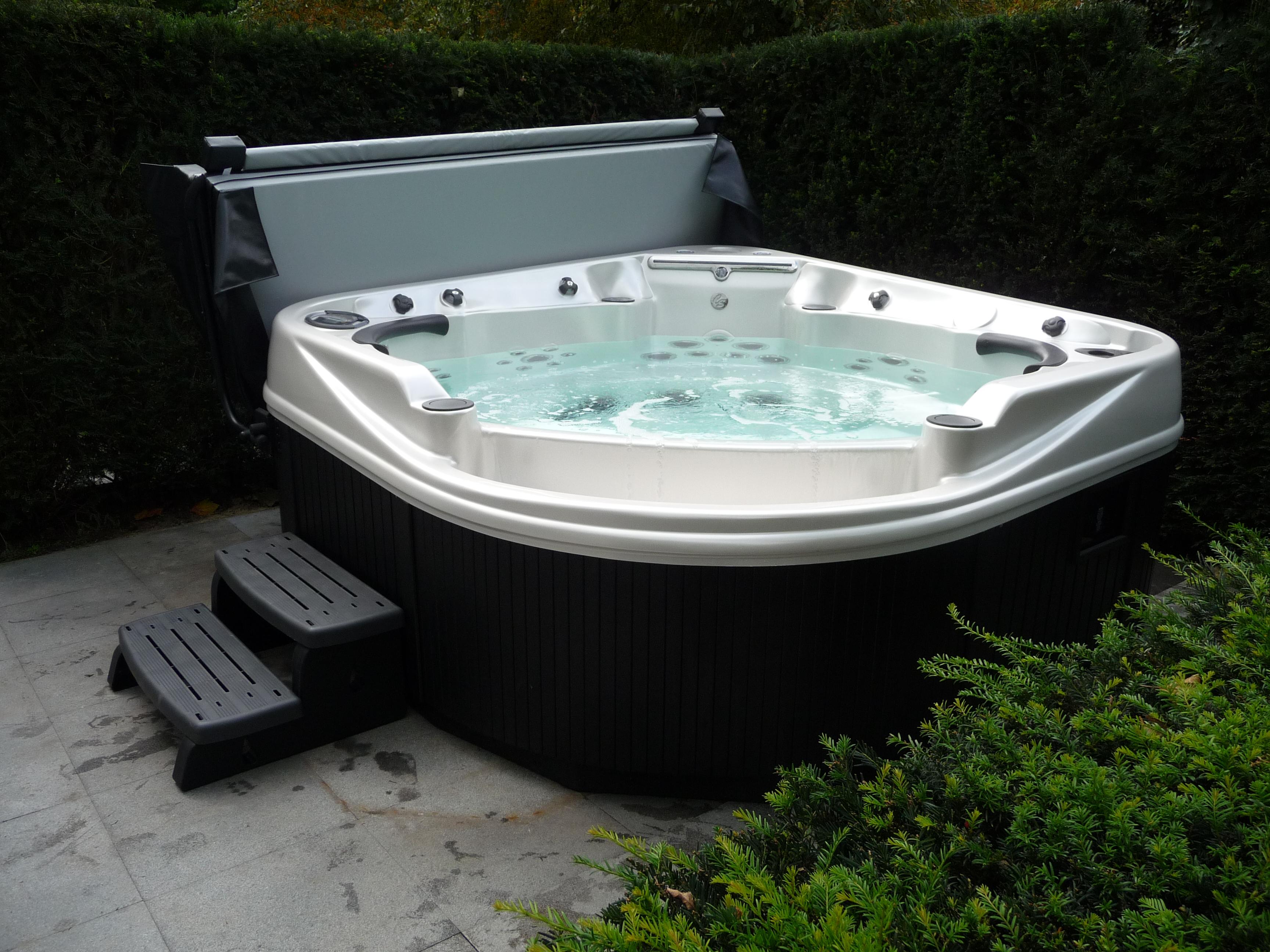 Phantom 47 7 Person Hot Tub Coast Spas Award Leisure