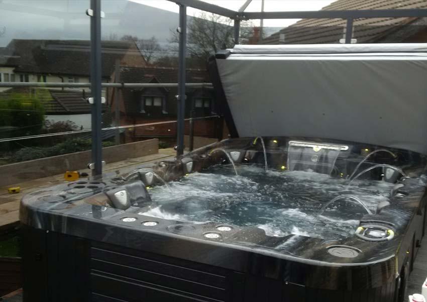 mirage 8 person hot tub coast spas award leisure hot. Black Bedroom Furniture Sets. Home Design Ideas