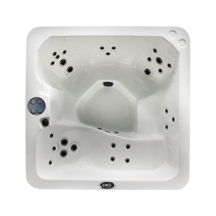 THE BARON Regency Collection Hot Tub