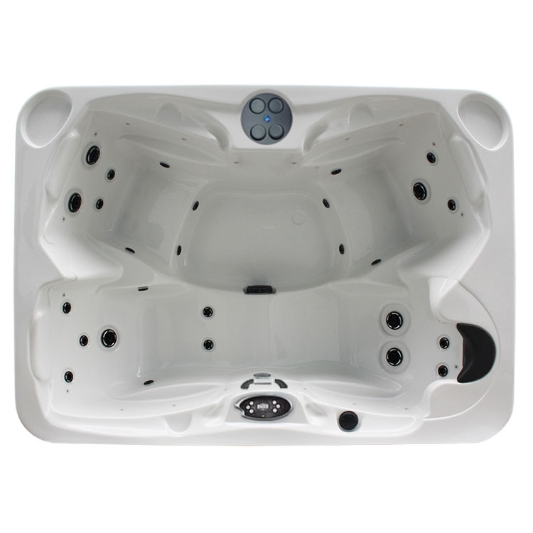 THE BARONESS Regency Collection Hot Tub